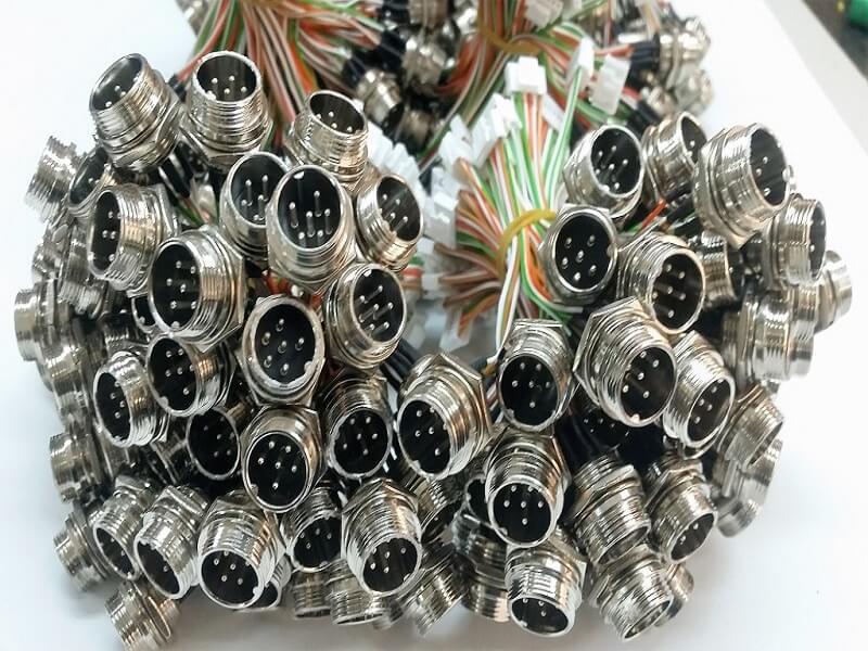 askeri araç kabloları